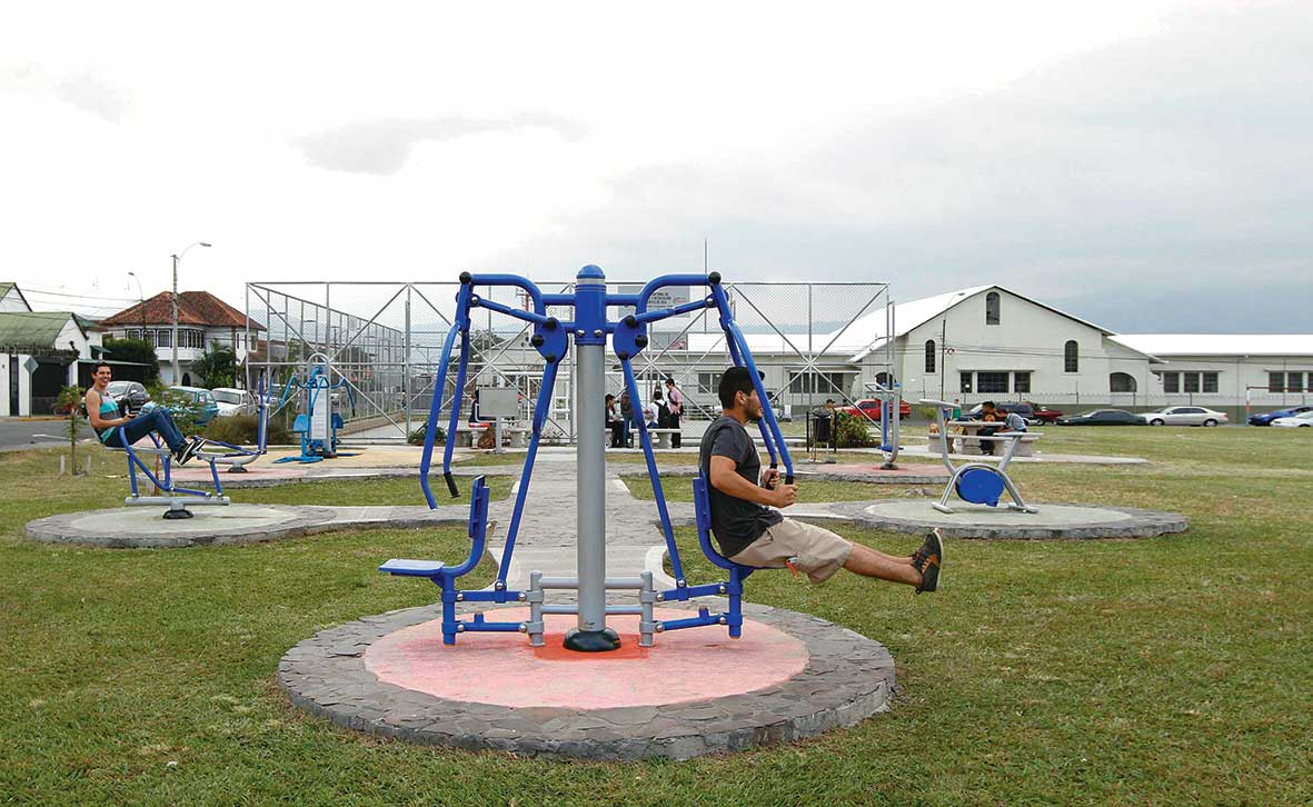 Aspirantes a alcalde prometen rescatar espacios públicos en San Pedro