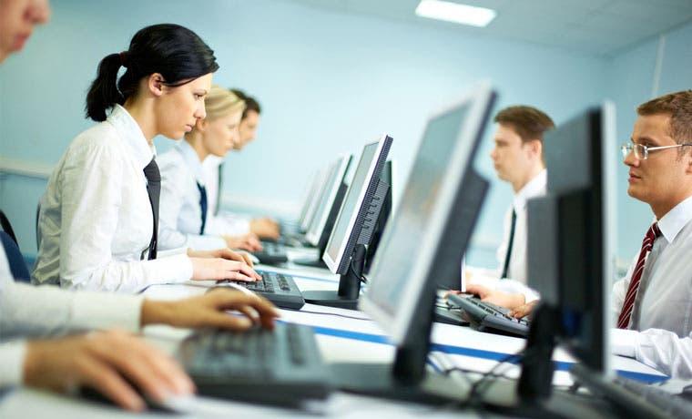 Empresa de tecnología ofrece 31 vacantes