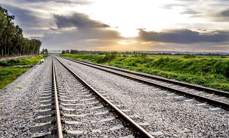 Ocho empresas interesadas en estudios para nuevo tren
