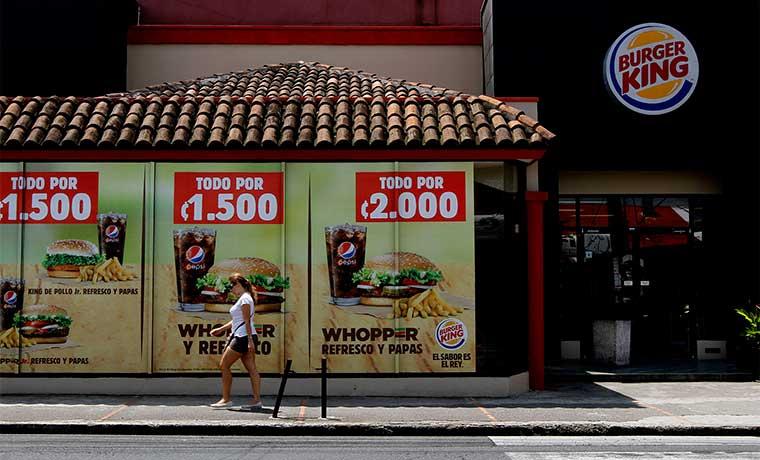 Restaurantes de comida rápida absorben viejos locales de Burger King y Wendy's