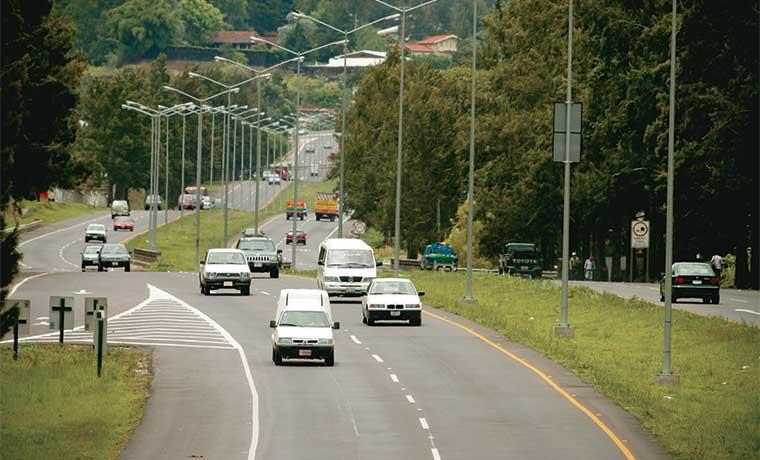 Vía rápida para fideicomiso de pista a Cartago