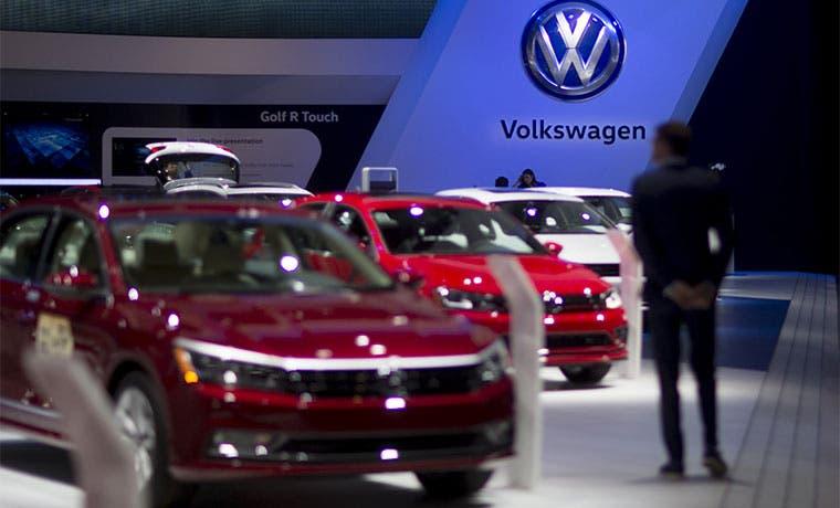 VW presenta plan de retiro de modelos diésel en EE.UU.
