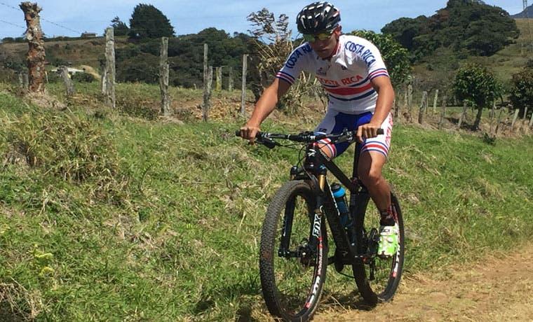 Andrey Fonseca partió rumbo a Chile