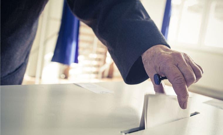 Trabajadores tienen permiso de votar el domingo