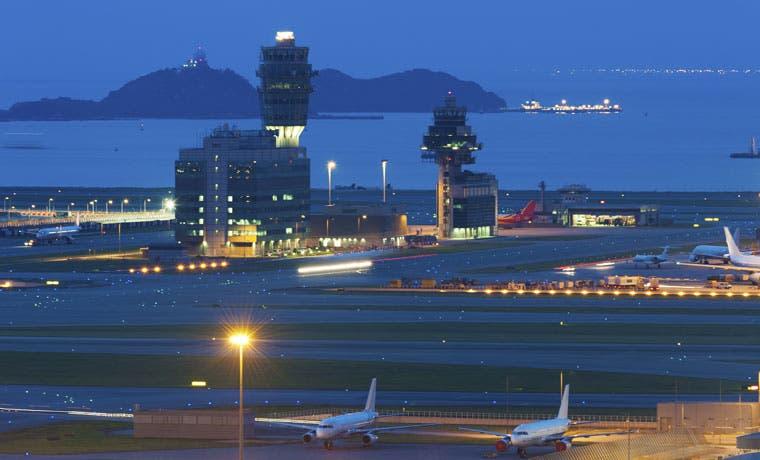 Tráfico aéreo salta al máximo en 5 años por combustible barato