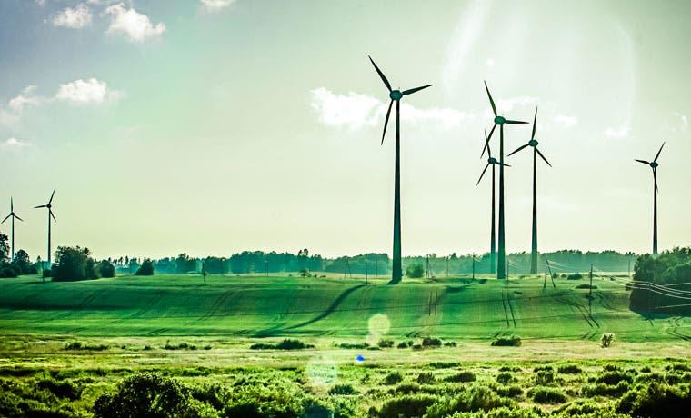 BID firma convenio con el gobierno para desarrollar proyectos de energía