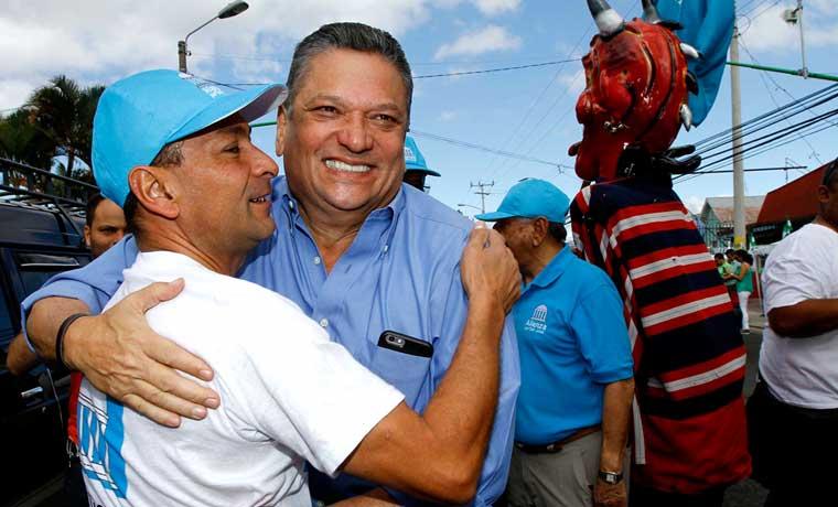 Johnny Araya se eligió con 3 mil votos menos que en el 2010