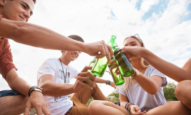 55% de adolescentes no tomarían ninguna bebida alcohólica, según Educalcohol