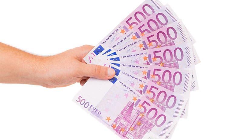 Podrían retirar billete de 500 euros para evitar delitos y deflación