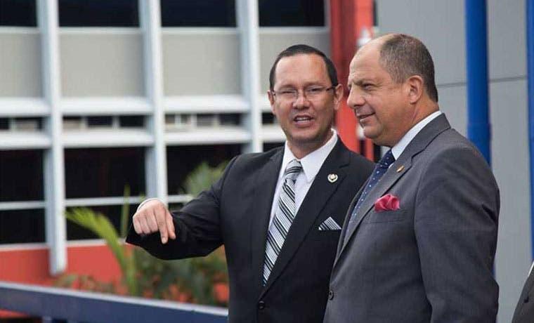 Celso Gamboa asume oficialmente cargo de la magistratura