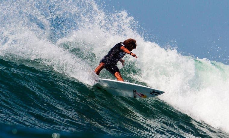 Costa Rica podría ser anfitrión del Mundial de Surf 2016