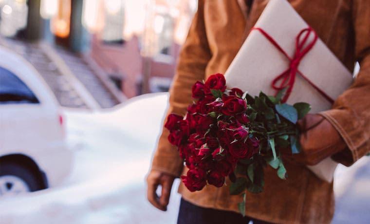 Ulacit regalará una rosa por el Día de la Amistad