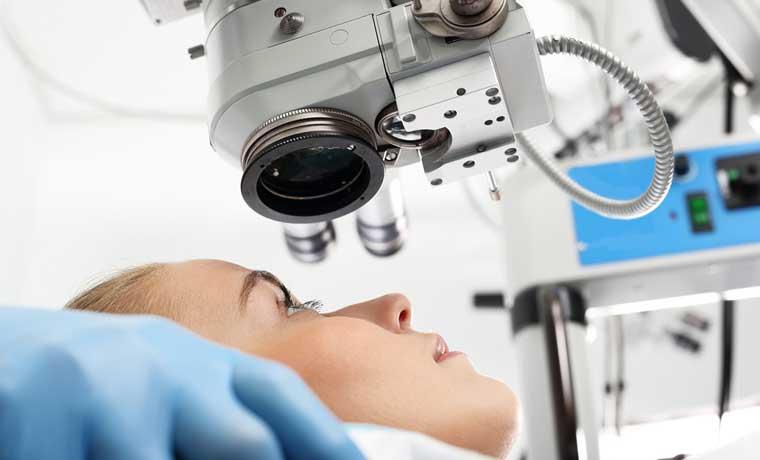 Nuevo láser elimina el bisturí en cirugía de ojos