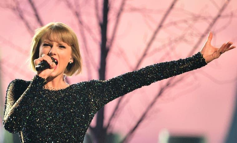 Taylor Swift arrasó en los Grammy