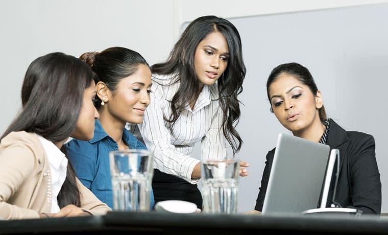 Igualdad de oportunidades de mujeres se logrará en 20 años, según estudio