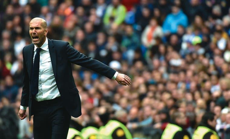 """Zidane """"debuta"""" en Champions"""