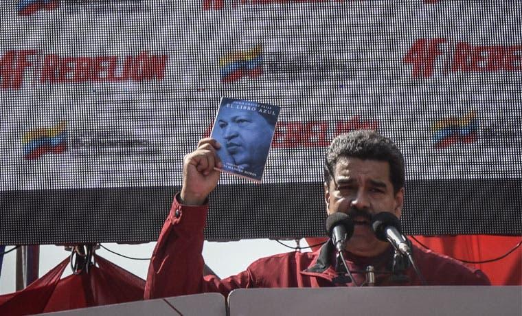 Venezuela eleva precios de gasolina por primera vez desde 1996