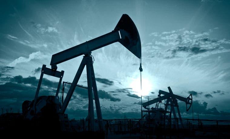 S&P rebaja calificación de cuatro países productores de petróleo