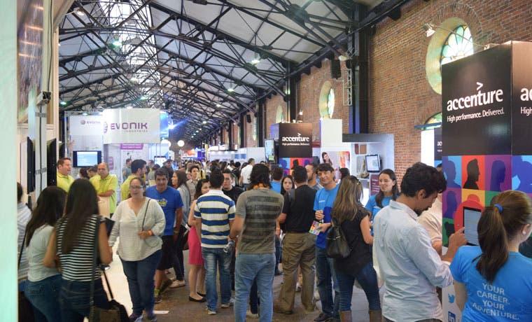 Feria de Empleo de Cinde con gran concurrencia en su primer día