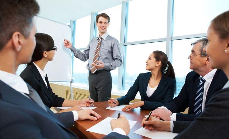 Uccaep presenta decálogo para impulsar competitividad