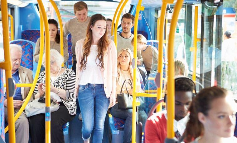 Transporte público es el lugar menos seguro para los ticos