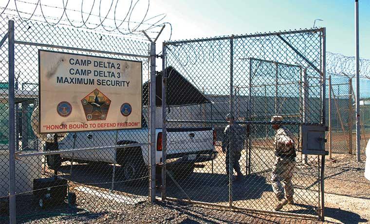 Plan Guantánamo de Obama mandaría entre 30 y 60 detenidos a EE.UU.
