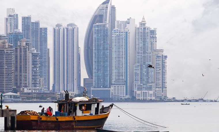 Panamá recibirá $650 millones para construcción de proyectos de gas