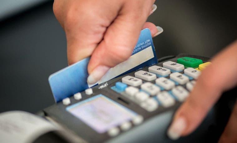 Nueva tarjeta de crédito le ayuda a controlar sus gastos