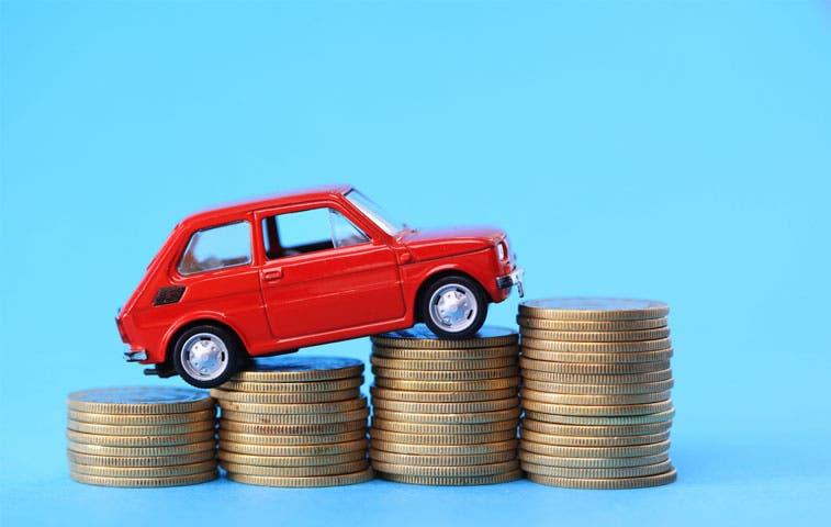 Impuestos a los vehículos sostienen al Gobierno
