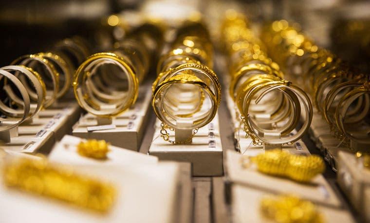 """Analista pronostica que el oro será """"el superhéroe' durante 2016"""