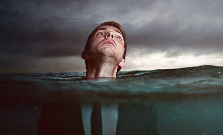 Deudas ahogan al PAC y Libertario