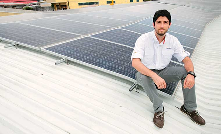 Luz verde a energía solar