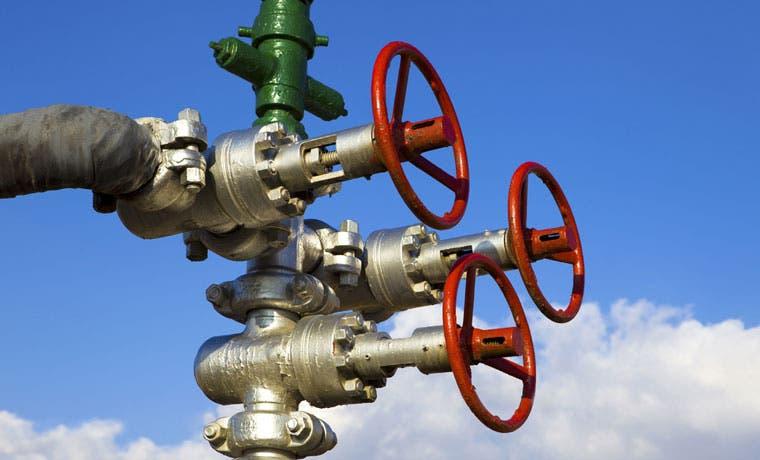 Estados Unidos debuta como exportador de gas natural de esquisto