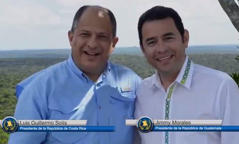 Luis Guillermo Solís y Jimmy Morales realizan video para invitar al mundo a invertir en Centroamérica