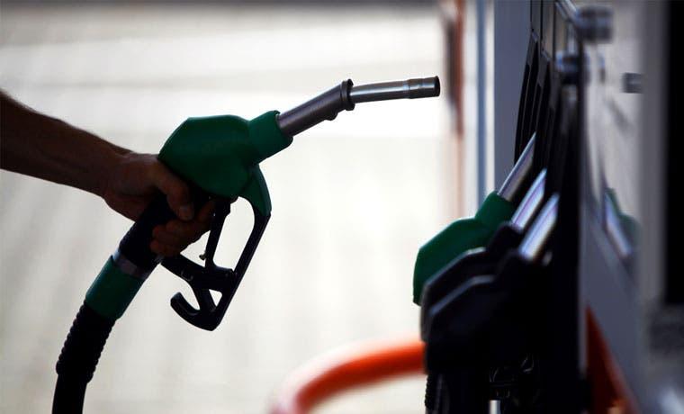 Precio de gasolina disminuye más de ¢100