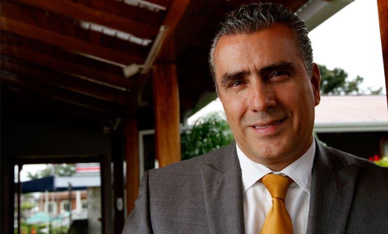 Libertarios piden a presidente de la Uccaep separarse de negociaciones con Gobierno