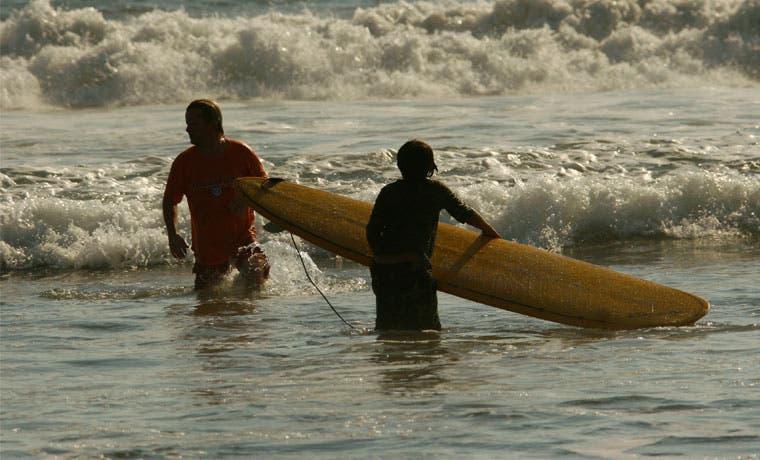 Playa Jacó sería la sede si el Mundial de Surf es en Costa Rica