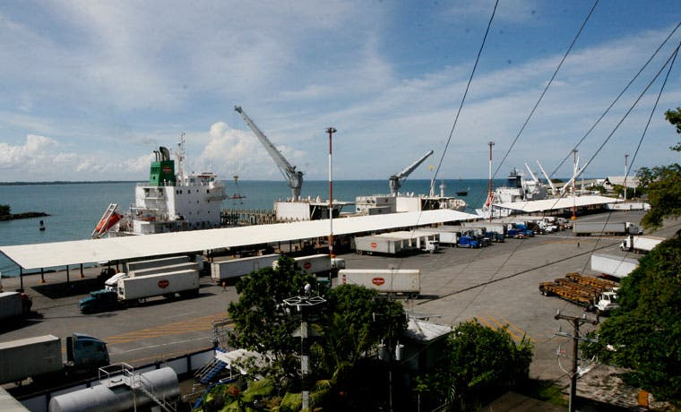 Acuerdo entre APM y transportistas pone fin a bloqueos