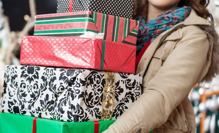 Consumidores pesimistas disminuyeron en seis meses