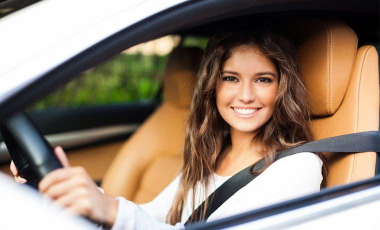 Banca Kristal financiará el 100% de la compra de vehículo a mujeres