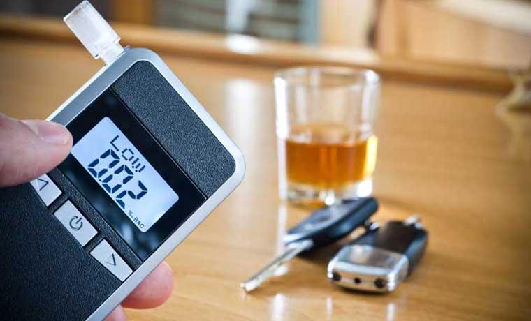 Nueva ley impediría que choferes se nieguen a alcoholemia