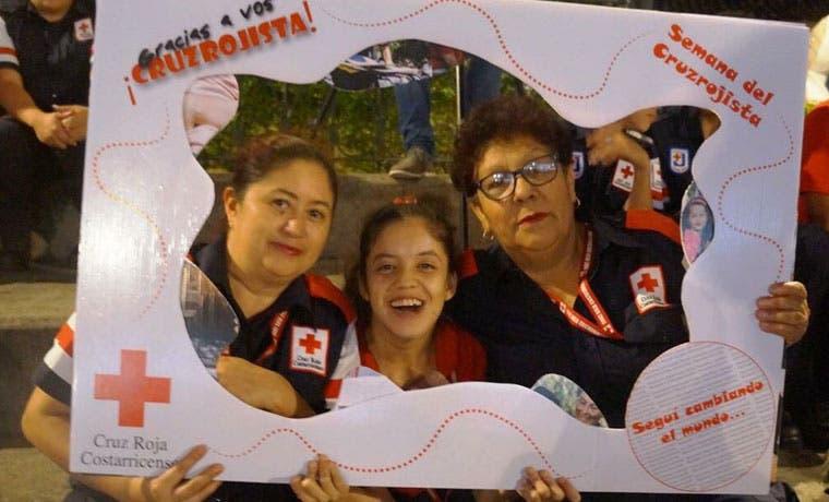 2.439 mujeres atienden labor humanitaria en Cruz Roja