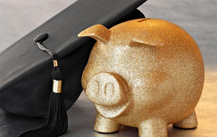 Aumentos en educación privada superan salarios