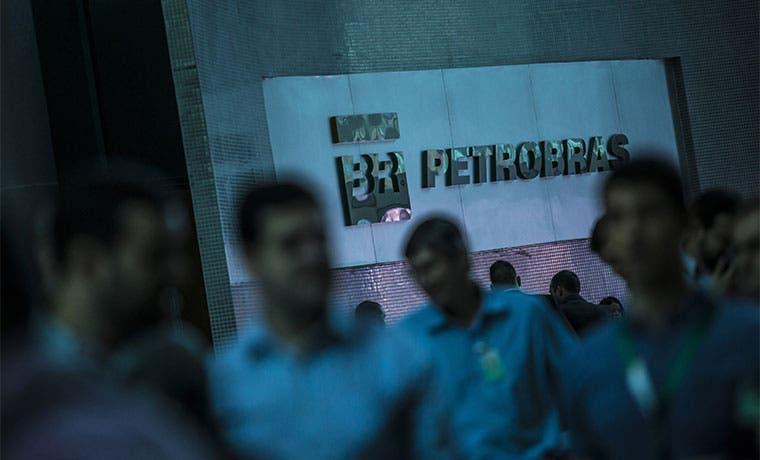 Gigantes petroleras de América Latina deben $275 mil millones