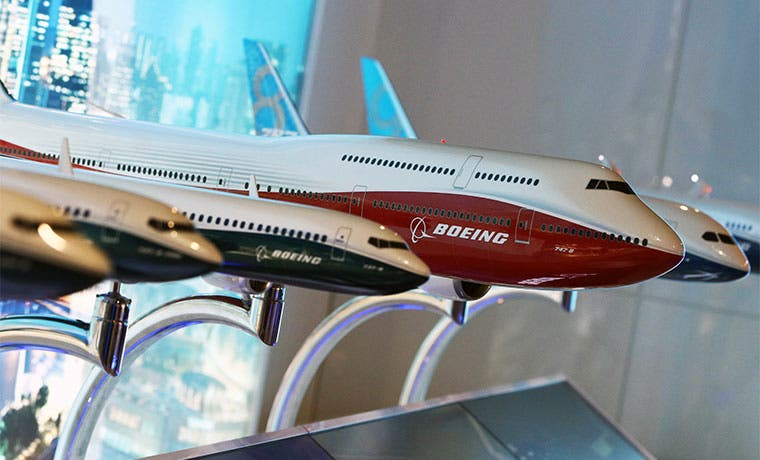 Boeing entregó un récord de 200 aviones a China en 2015