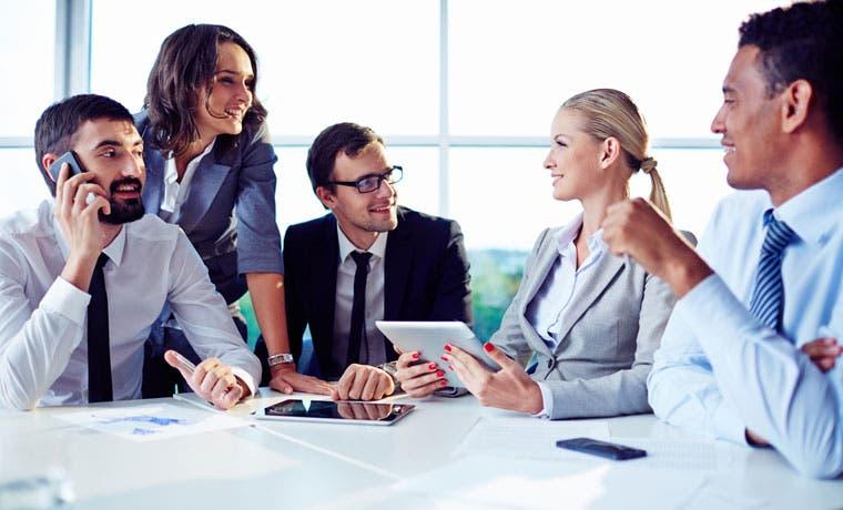 DHL busca técnicos en finanzas y tecnologías de información