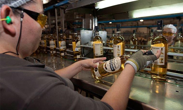 Dueños del tequila José Cuervo buscaría una oferta pública