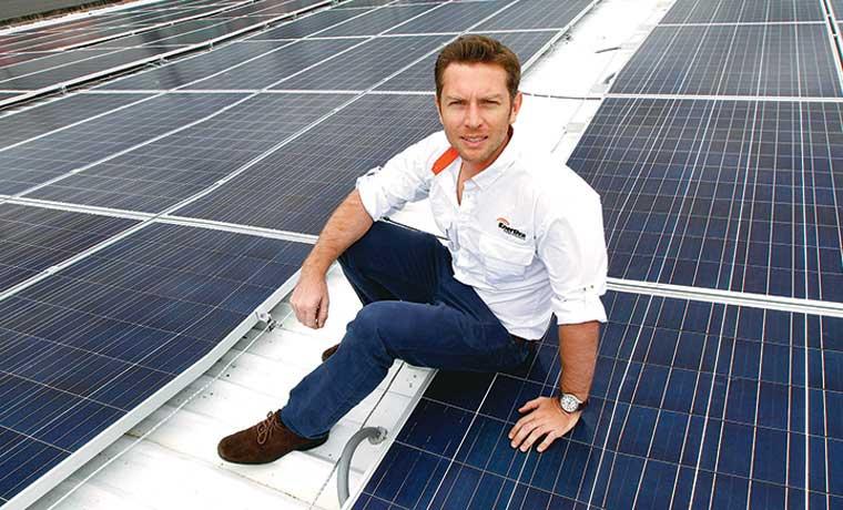 Mercado solar empieza a operar