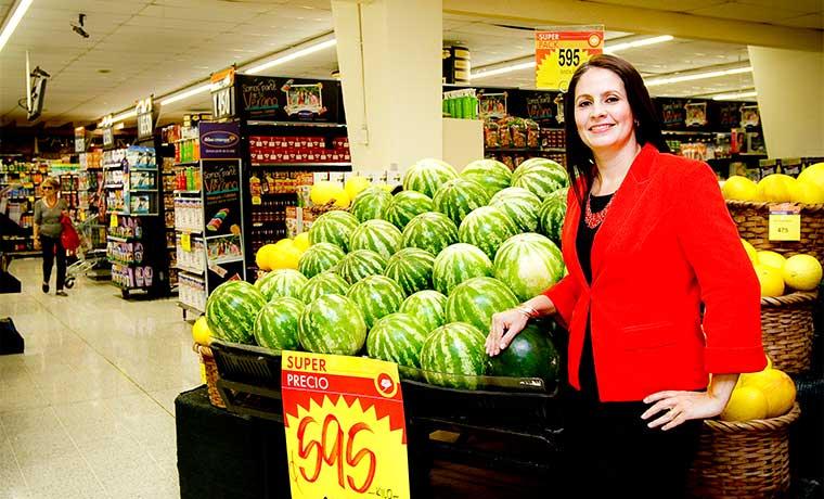 Supermercados apuestan por plazas comerciales