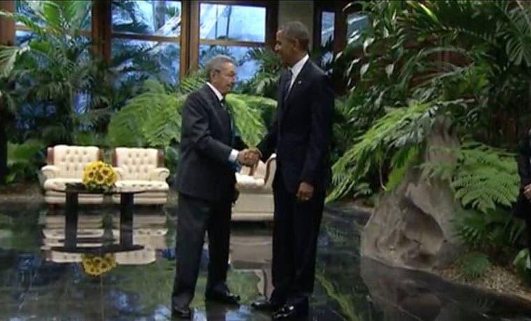 Barack Obama se convierte en el primer presidente en estar en el interior del Palacio de la Revolución en Cuba